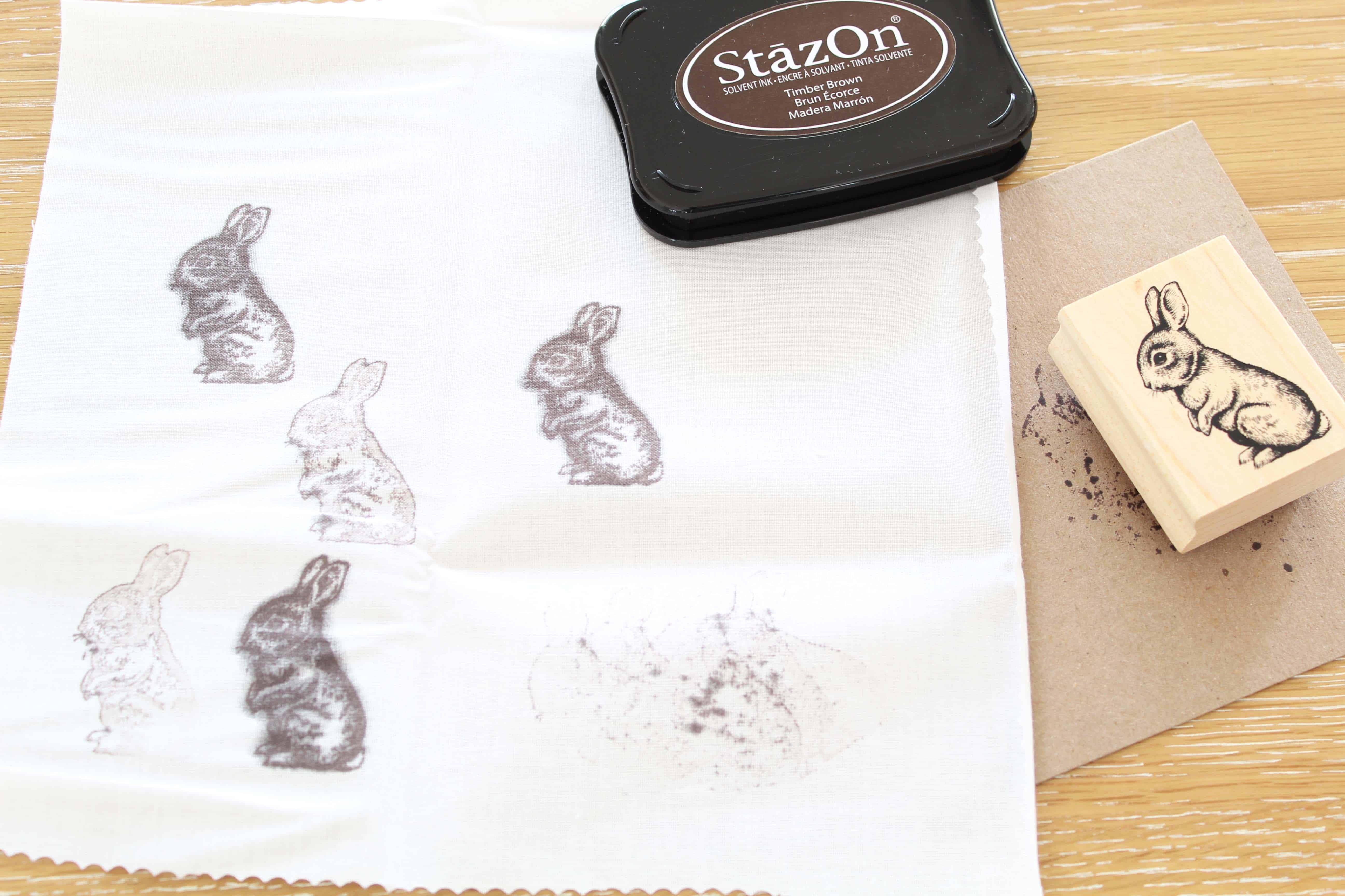 how to make hand stamped bunny napkins
