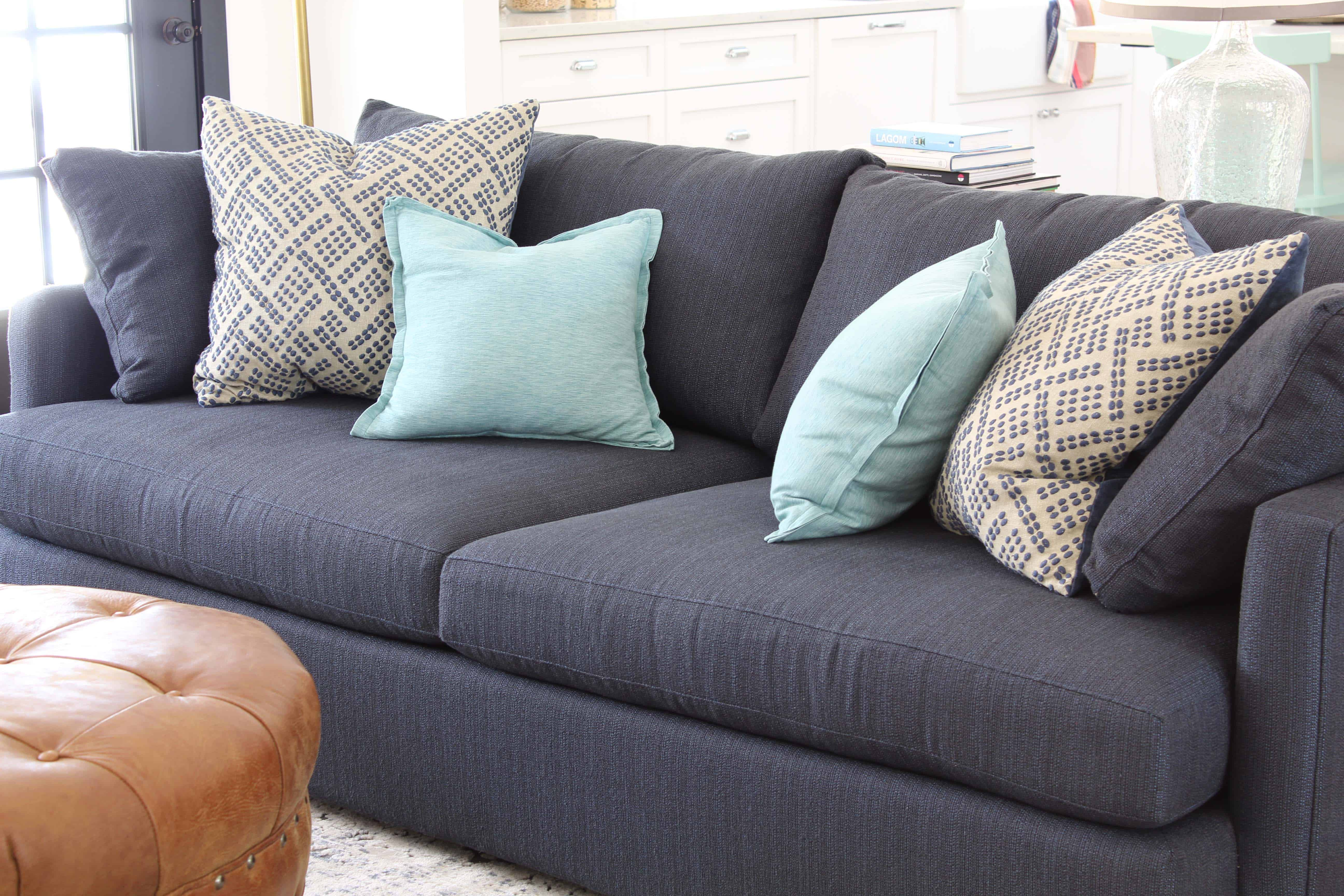 navy blue crate and barrel lounge II petite sofa