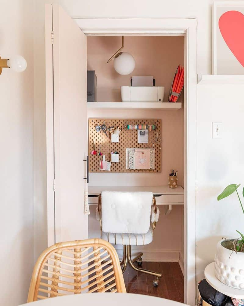 small home office in pink painted closet